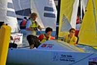 Entrainez votre équipage étudiants sur Open 570 à Moisson Lavacourt à 40 min de Paris dans les meilleures conditions