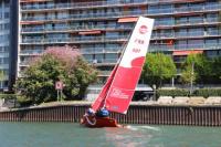 Le premier bateau de la flotte du club est arrivé sur la Seine