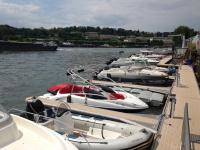 Votre bateau avec Voiles de Seine au port de plaisance de Boulogne-Billancourt